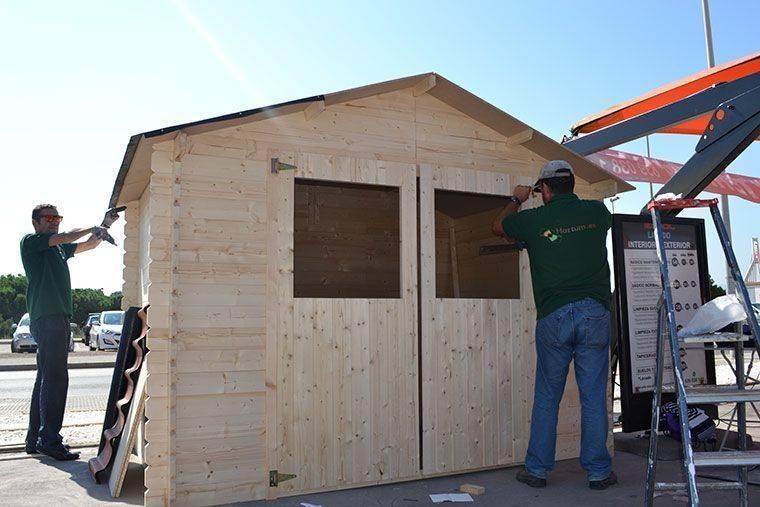 Assemblagi tetto casetta di legno